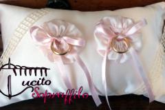 cuscino_portafedi_rosa